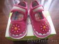 Продам недорого детскую летнюю обувь